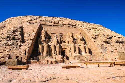shutterstock_236411413_Aegypten_Abu_Simbel_Tempel_500.jpg