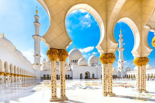 shutterstock_181863338_VAE_Abu_Dhabi_Sheikh_Zayed_moschee_500.jpg